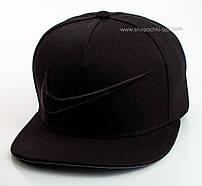 Черная реперка с вышивкой Nike