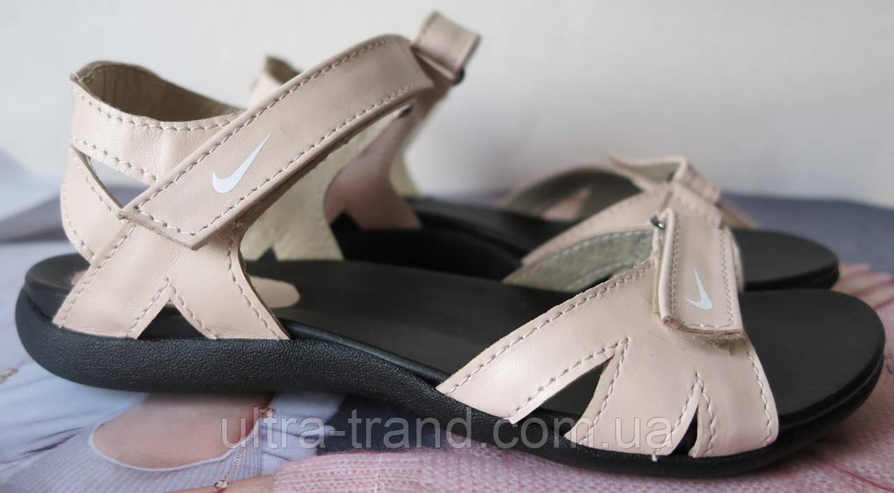 Nike! Кожаные !женские! Сандалии Сандали !босоножки! Летняя Обувь ... fc349c000bb