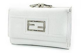 fdc9b3546372 Fran Diar Компактный женский кожаный кошелек белого цвета с внешней  металлической рамкой (FD087-03C