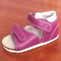 Ортопедичне взуття дитяче босоніжки Ortex на 2 - х липучках.