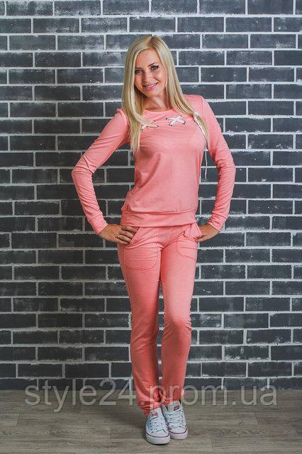 ЖІночий спортивний костюм зі шнуровкою на кофті.Р-ри 42-54