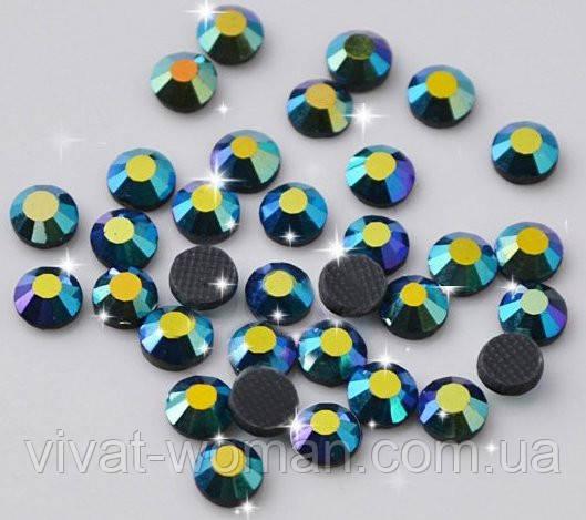 Стразы DMC, Emerald AB SS16 термоклеевые. Цена указана за 144 шт