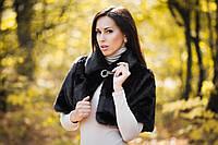 Меховое женское белое и коричневое болеро с коротким рукавом с брошкой