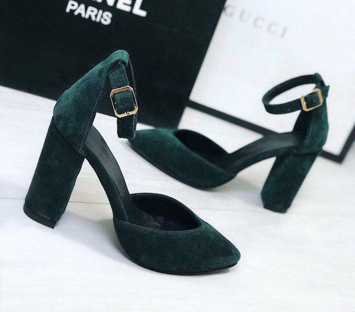 Как выбрать замшевые туфли