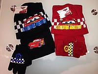 Комплект шапка шарф и перчатки с тачками.