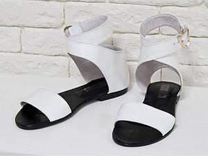 Белые босоножки легкие кожаные на черной подошве . Размер 36-41