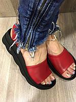 Босоножки женские кожаные красные 37 размер