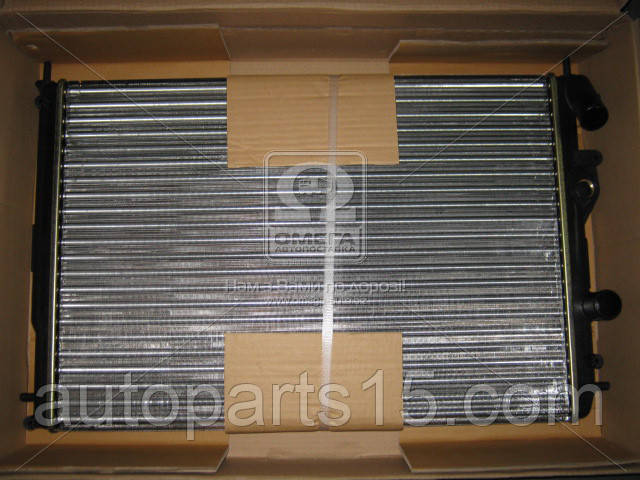 Радиатор охлаждения RENAULT Megane, Scenic (пр-во Van Wezel) . 43002241 . Ціна з ПДВ.