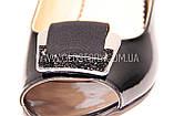 Женские черные лаковые босоножки на низком каблуке, фото 6