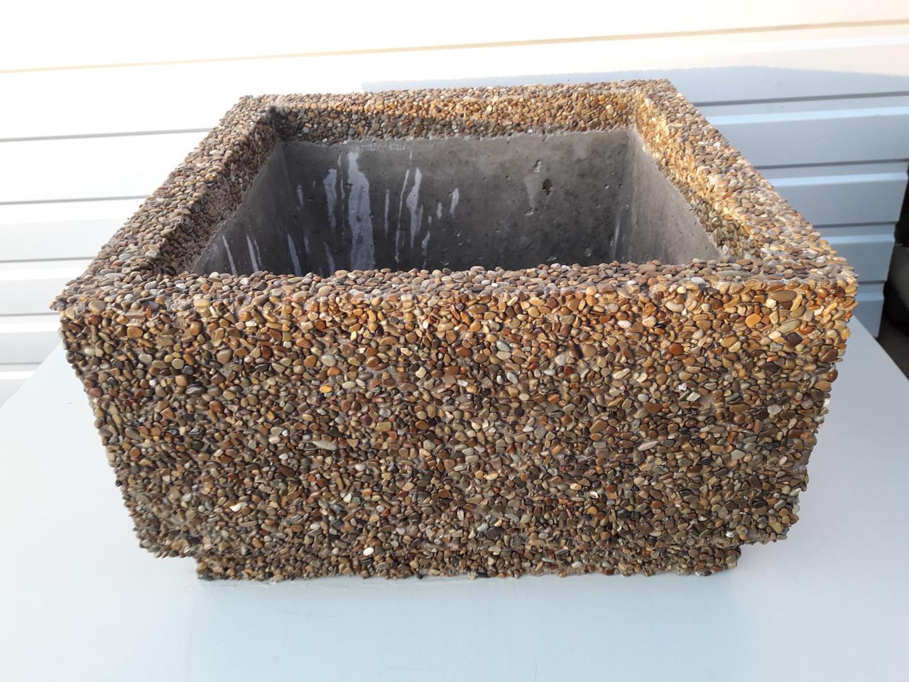 Квадрат из бетона михнево бетон с доставкой цена за куб купить