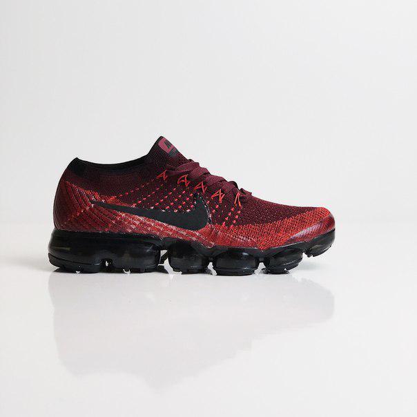 Мужские кроссовки Nike Air VaporMax Dark Team Red Black, Реплика