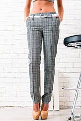 Прямые коттоновые брюки в клетку со стрелками