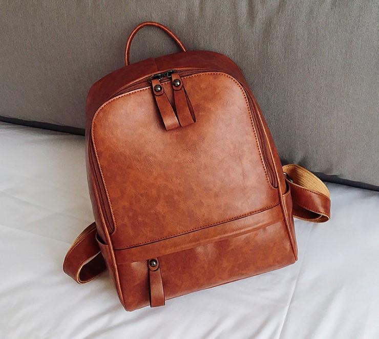 Женский кожаный рюкзак Berk