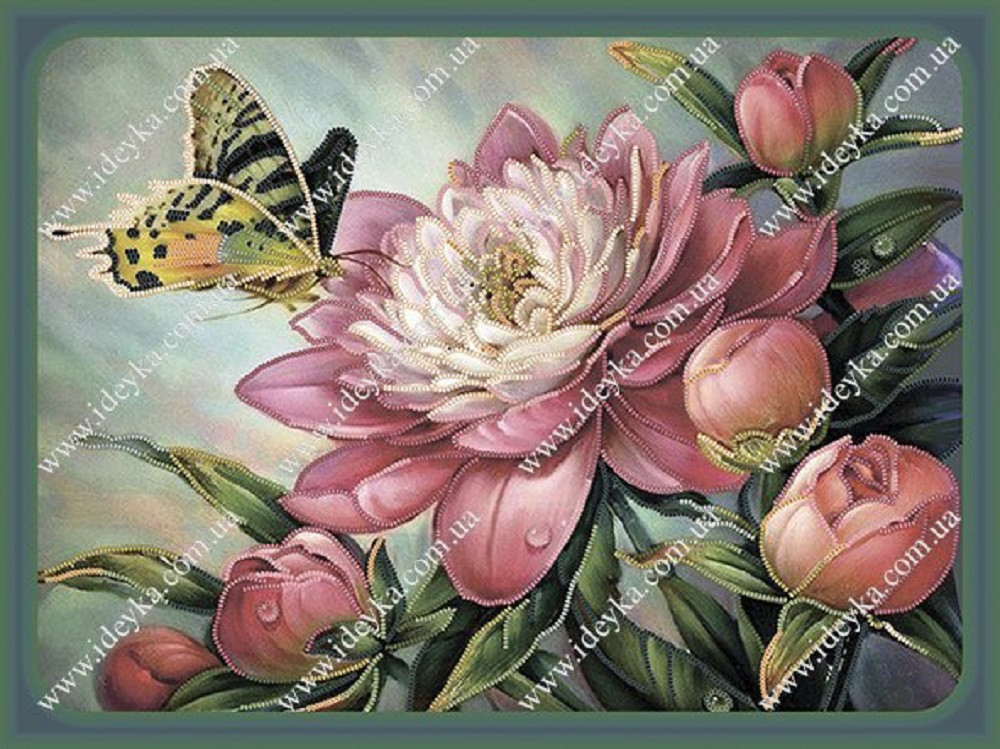 Вышивка бисером - Бабочка на пионе