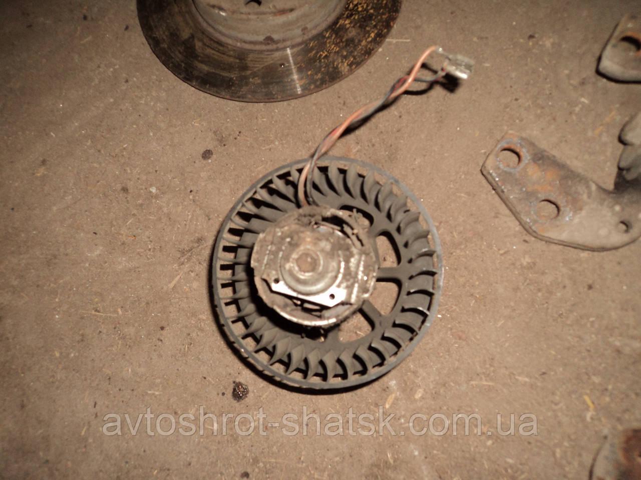 Б/у моторчик пічки для Opel Corsa