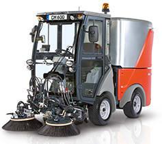 Всесезонная коммунальная машина Hako-Citymaster 1250