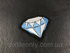 Нашивка бриллиант голубой 50х40 мм