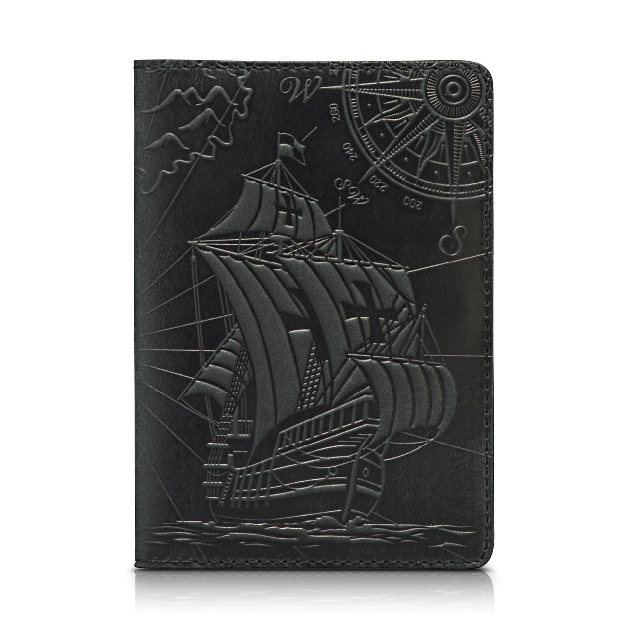 """Обложка для паспорта кожаная с тиснением парусника Shabby """"Открытия"""". Цвет черный"""