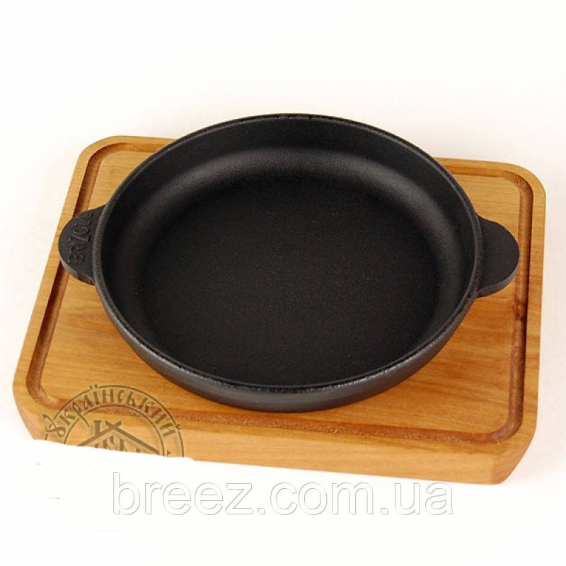 Сковорода чугунная на деревянной подставке 14 см