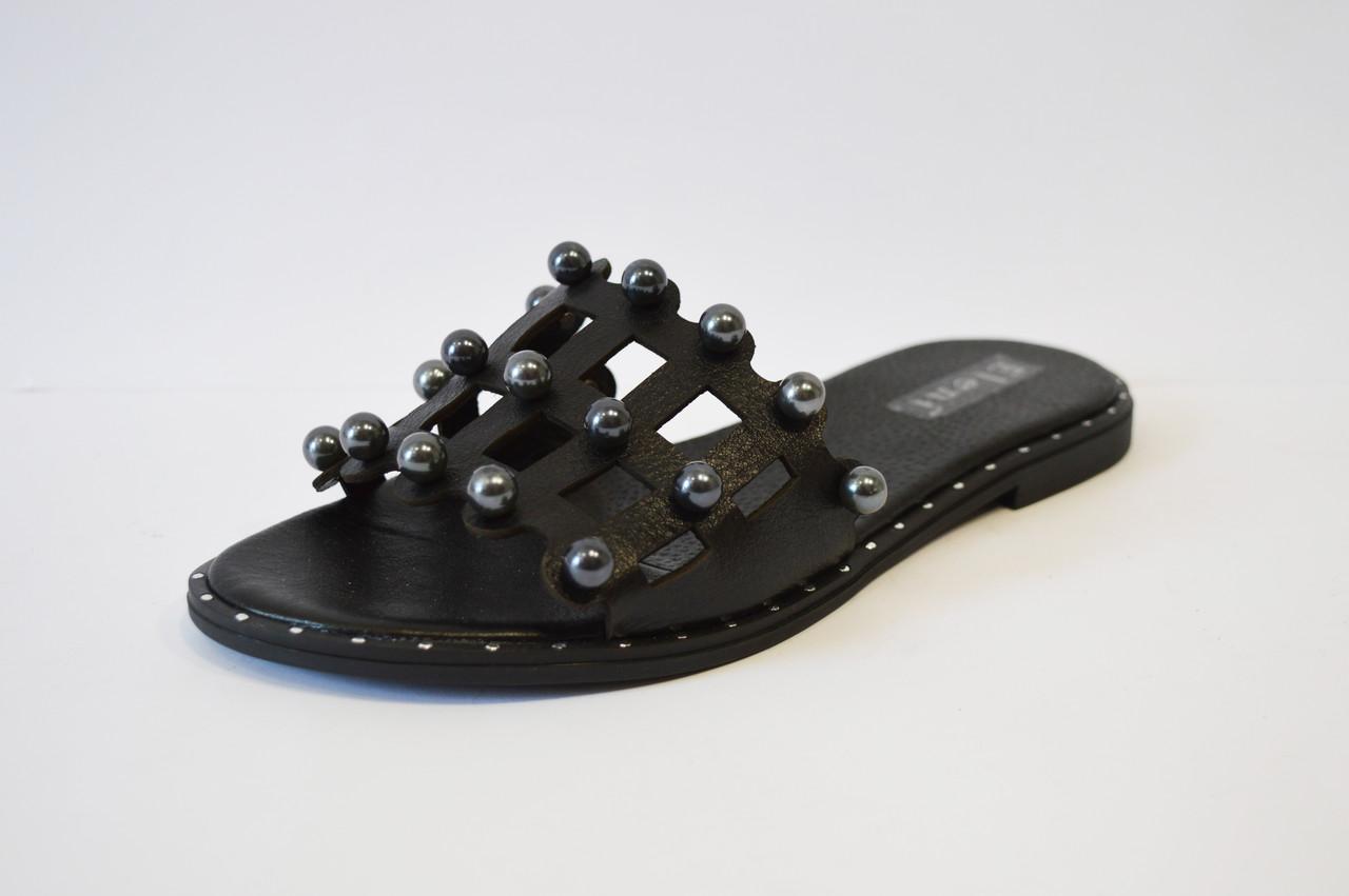 Шлепанцы женские кожаные черные Eleni 112