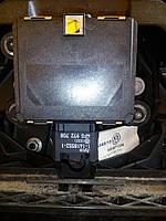 Дистронік (4F0 972 708) на Volkswagen