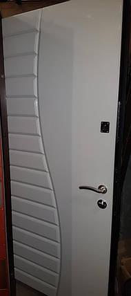 УЦЕНКА Входная дверь модель П5-324 ЧЕРНЫЙ ГЛЯНЕЦ БЕЛЫЙ ГЛЯНЕЦ, фото 2