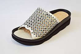 Шлепанцы перфорированные серебристые Donna Ricco 36 р 23,5 см