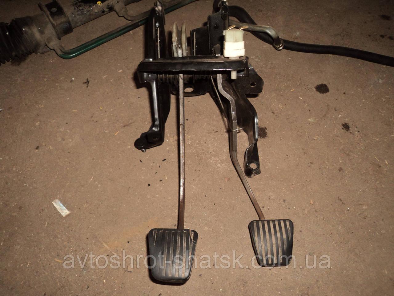 Б/у педаль гальма для Opel Corsa