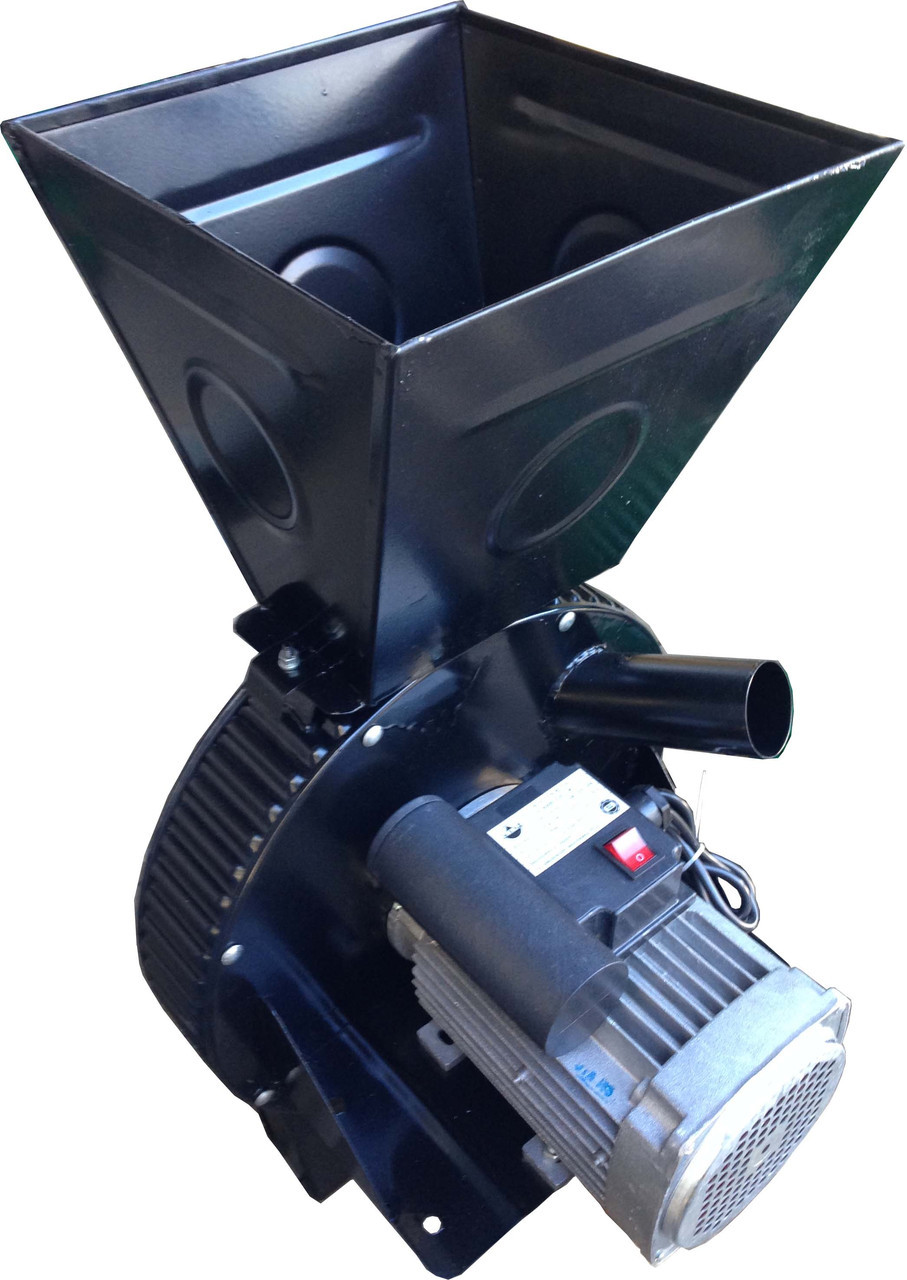 Кормоизмельчитель Фермер Д-1 электрический для зерна и початков кукурузы