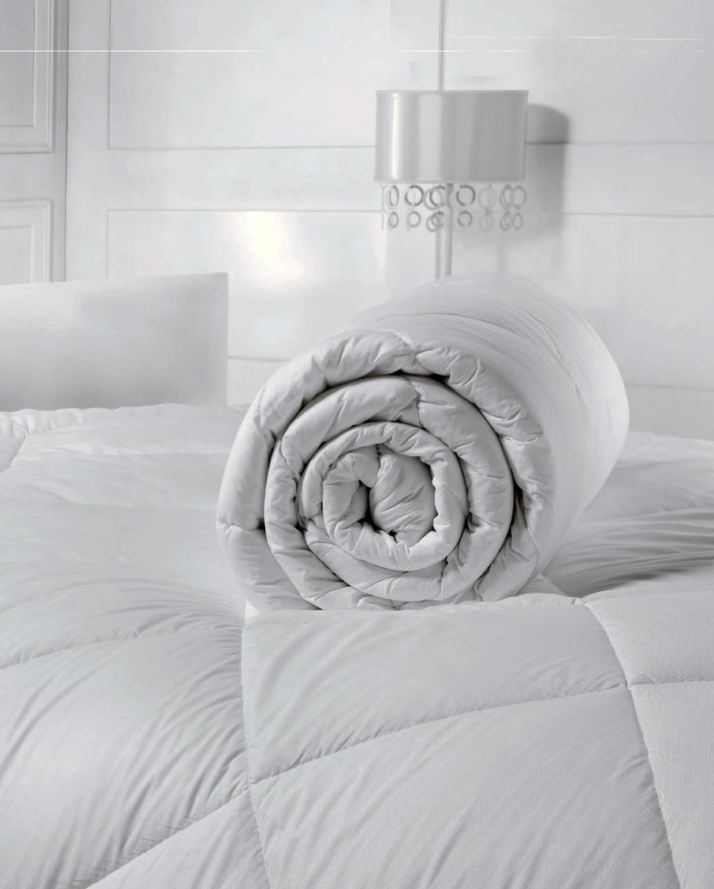 Одеяло стеганое  140х210 зимнее (плотность 300г/м2)