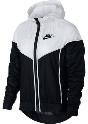b01853f9 Купить женскую куртку-ветровку Nike Sportswear Windrunner 883495-011 ...