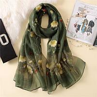 Красивый шарф платок зеленый с вышивкой