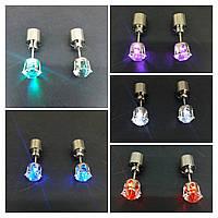 Светодиодные серьги гвоздики (5 цветов). 2468