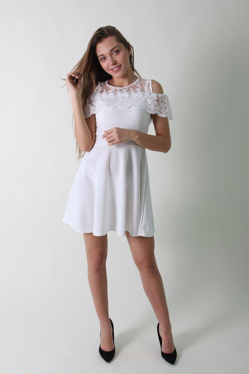 03c1a1316c0 Нарядное белое платье с кружевом длины до колена - Интернет-магазин  стильной одежды