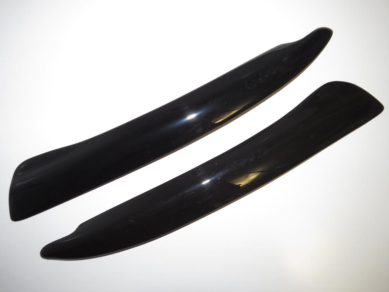 Ресницы на автомобильные фары Skoda Superb 2004-2008 Fly. Тюнинговые накладки на фары Шкода Суперб
