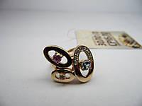 Женское золотое кольцо со вставками. Размер 17