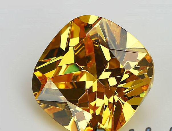 Кубический Цирконий  8*8 MM Ярко желтый