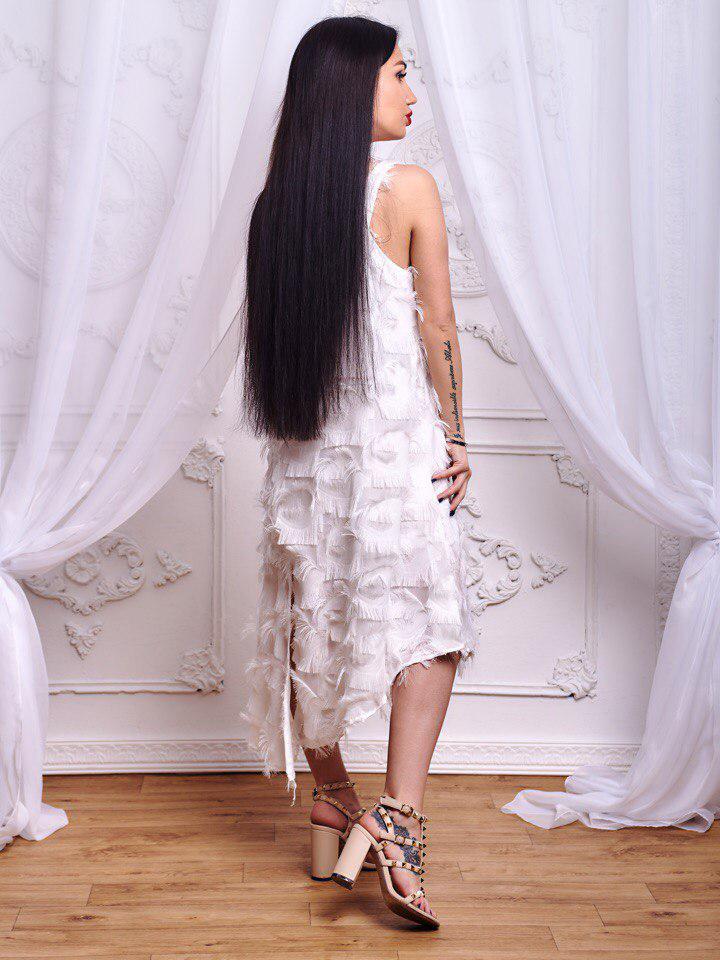 dd233e3fca4195a Очень красивое белое платье из шифона с бахромой : продажа, цена в ...