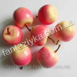Яблоко искусственное для декора 35мм лиловое