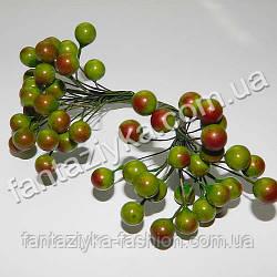 Калина средняя 8,5мм лаковая оливковая, в пучке 50 ягод