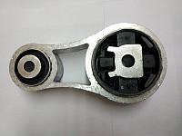 Подушка двигуна (вісімка, нижня) Renault Trafic, Opel Vivaro 1.9, 2001-2006, Renault 8200003826