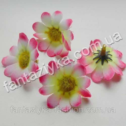 Искусственная головка цветка цинерарии 3,5см, бело-розовая