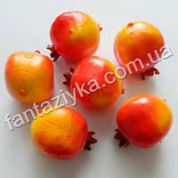 Гранат искусственный оранжевый 35мм, муляжи фруктов