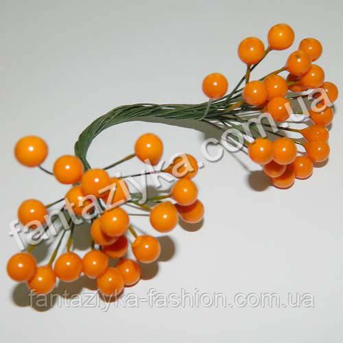 Калина мелкая 7мм лаковая оранжевая, в пучке 50 ягод
