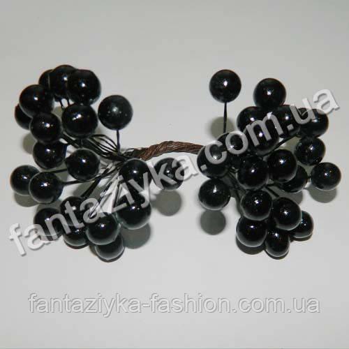 Калина крупная 10мм лаковая черная, в пучке 40 ягод