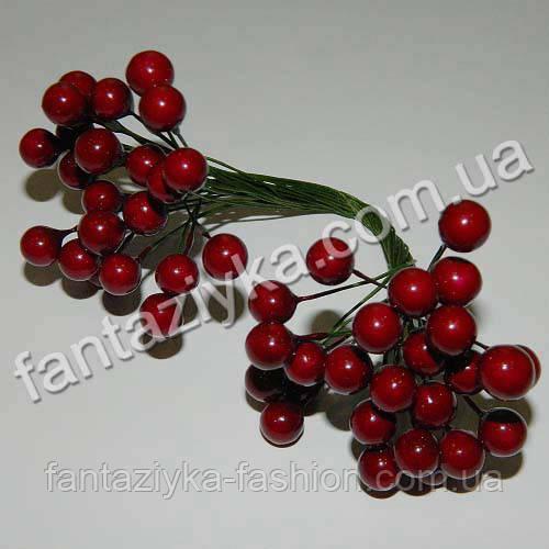 Калина средняя 8,5мм лаковая марсаловая, в пучке 50 ягод