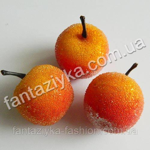 Яблоко сахарное оранжевое 35мм муляж