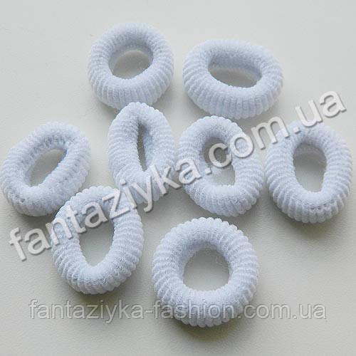 Маленькая махровая резиночка для волос 2см, КАЛУШ белая