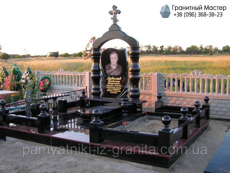 Гранитный памятник № 24