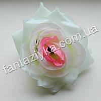Головка искусственной розы бело-розовая 10см